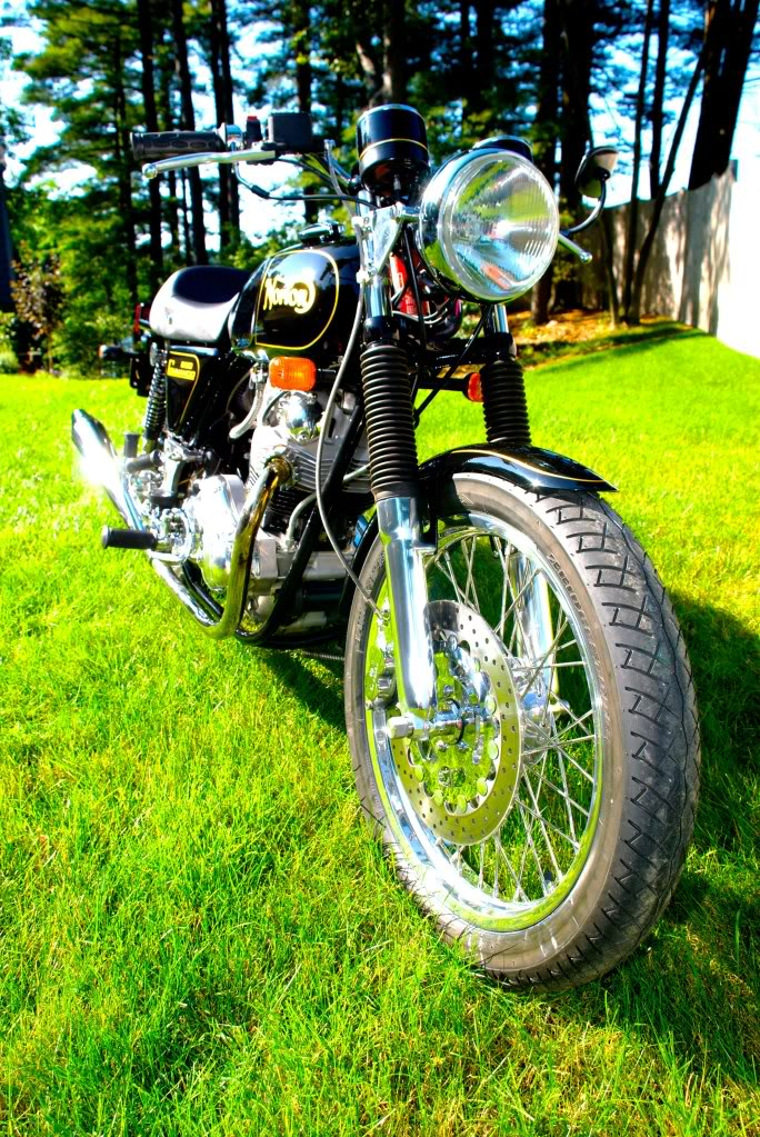 8 - Norton Commando 850 restored by Rocky Point Cycle.